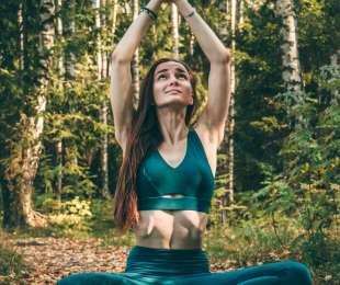 Виктория Калужонок (йога)
